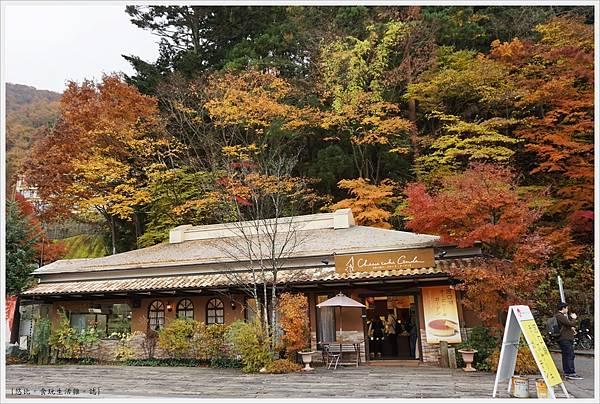 河口湖-天上山公園-70-起司蛋糕花園.JPG