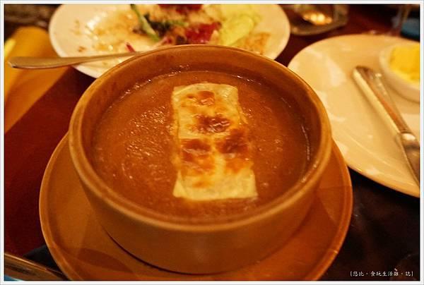 沾美西餐廳-7-法式洋蔥湯.JPG