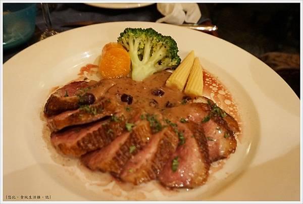 沾美西餐廳-30-香煎鴨胸肉.JPG
