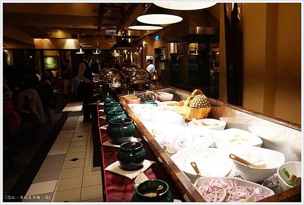 沾美西餐廳-37-店內.JPG