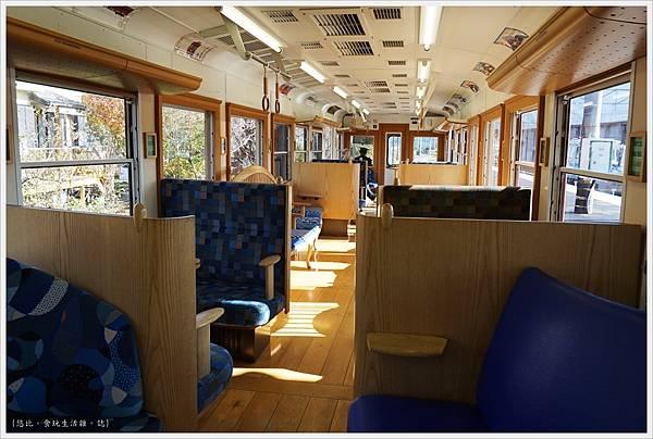 下吉田-43-富士登山電車.JPG