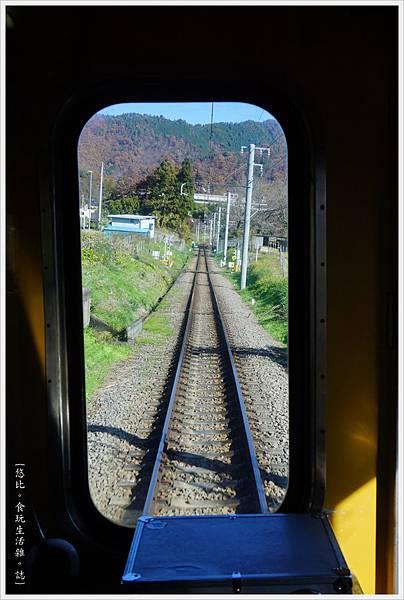 富士登山電車-5-車上.JPG