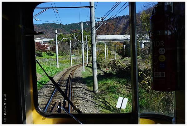 富士登山電車-6-車上.JPG