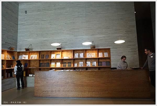 科倫巴藝術博物館-53.JPG