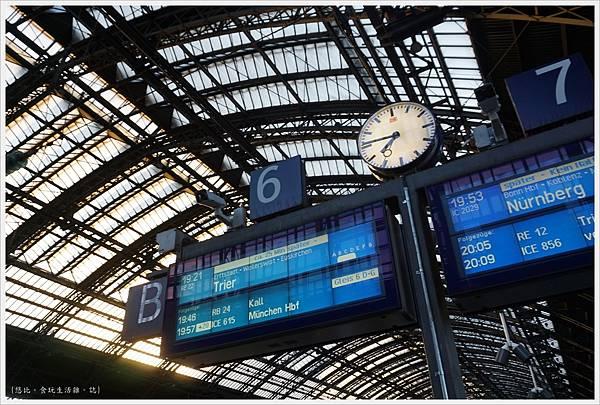 科隆-市區-36-火車站.JPG