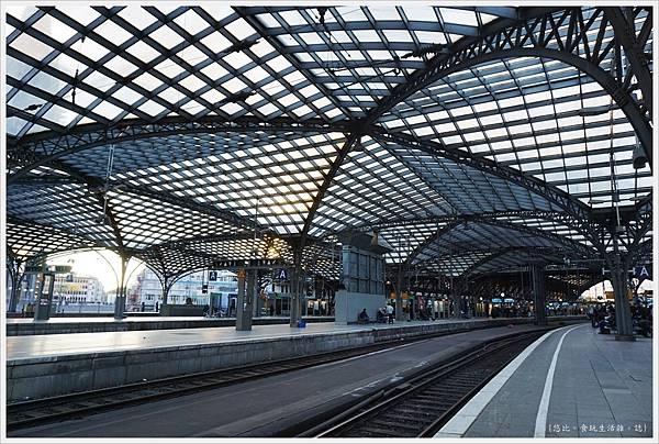 科隆-市區-37-火車站.JPG