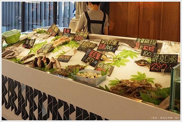 第六市場-27-兩津水產.JPG