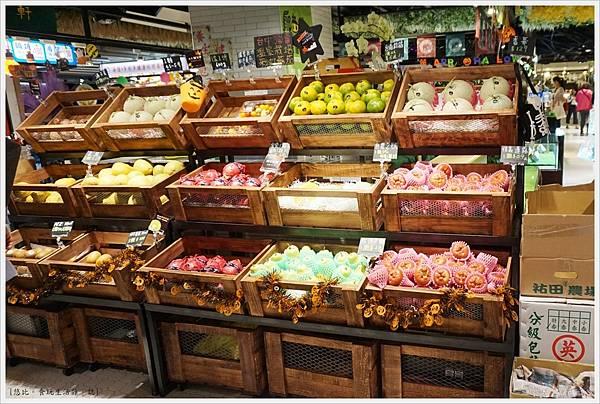 第六市場-36-水果攤.JPG