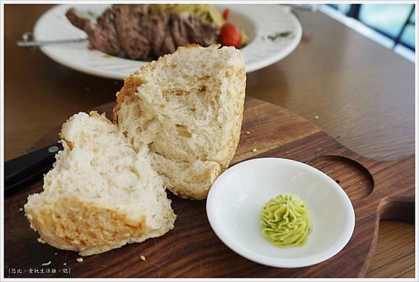 Fatty's崇德店-29-2-麵包.JPG