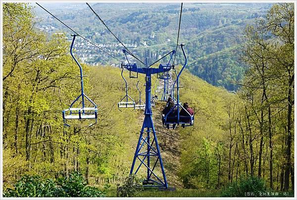 博帕德-67-纜車下山.JPG