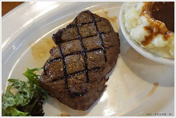 德州鮮切牛排-46-6盎司牛排.JPG