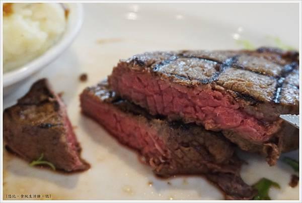 德州鮮切牛排-47-6盎司牛排.JPG