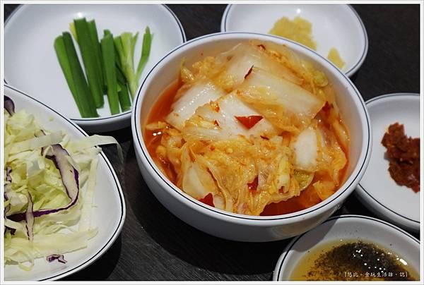 孔陵一隻雞-27-泡菜.JPG