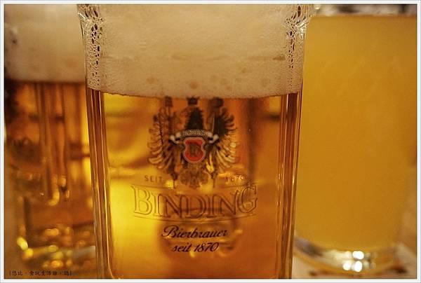 baseler eck-8-啤酒.JPG