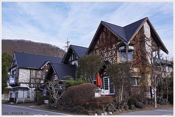 輕井澤-12-路邊建築.JPG