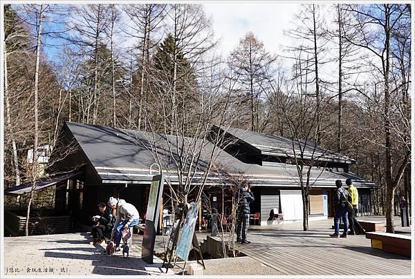 輕井澤-98-榆樹街小鎮.JPG