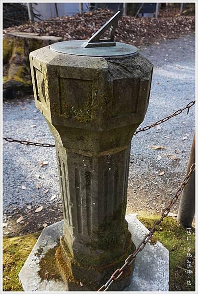 輕井澤-183-蕭紀念禮拜堂-日晷.JPG