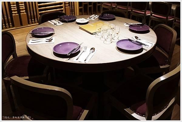 NARA Thai-9-圓桌.JPG