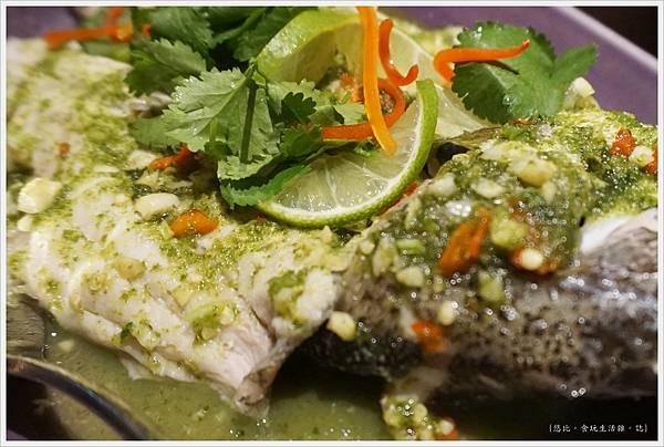 NARA Thai-25-檸檬魚.JPG