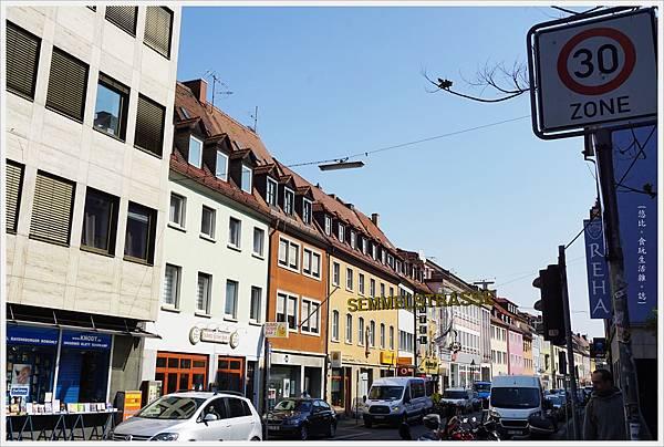烏茲堡-27-舊城區街道.JPG