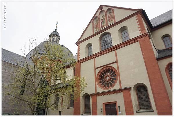 烏茲堡-64-1-新敏斯特教堂.JPG