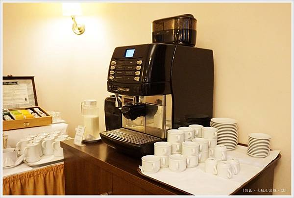 Hotel Monopol莫諾普爾酒店-早餐-16.JPG