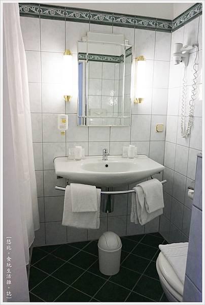 Hotel Monopol莫諾普爾酒店-房間-3.JPG