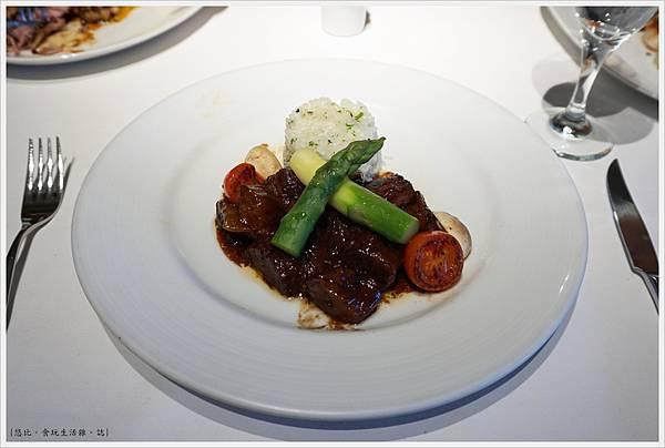 法三小館-30-布根地紅酒燉牛肉.JPG