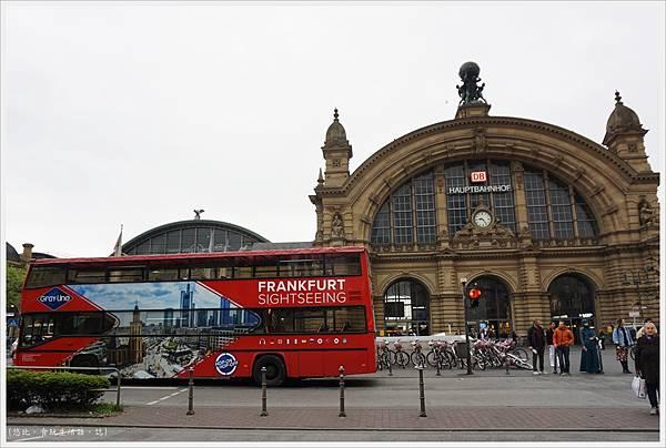 法蘭克福-15-中央車站.JPG
