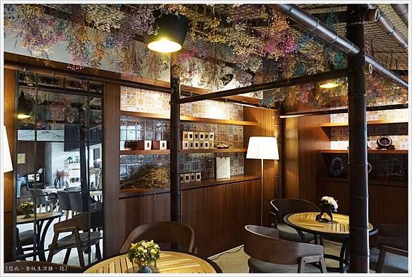 愛麗絲西餐廳-23-咖啡廳.JPG