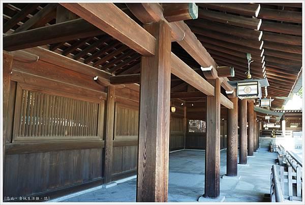 明治神宮-24-神殿.JPG