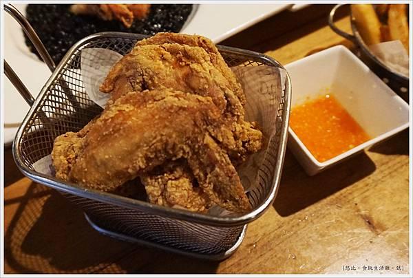 台中薄多義-85-酥炸雞翅(6隻).JPG