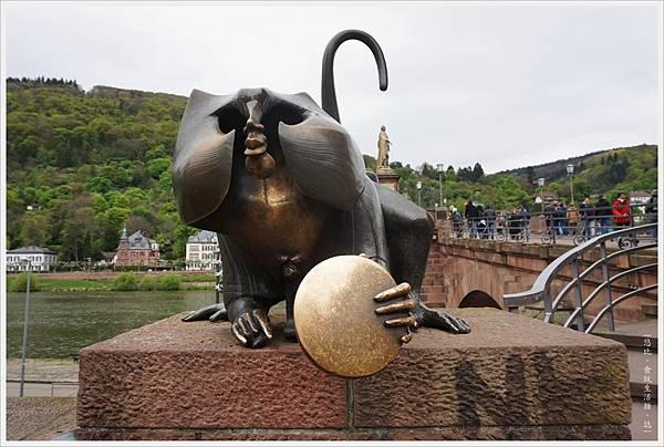 海德堡-舊城區-32-銅猴子.JPG