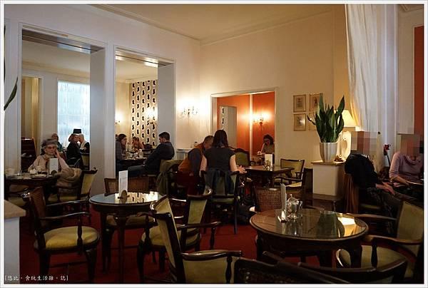 巴登巴登-110-Cafe Konig.JPG