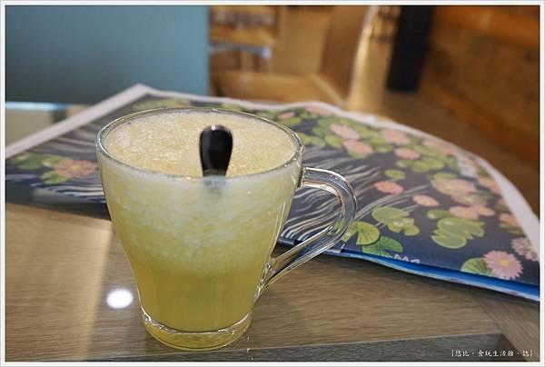 斑馬騷莎-14-現榨果汁.JPG