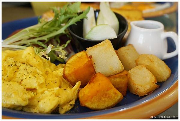 斑馬騷莎-26-法式吐司早餐.JPG