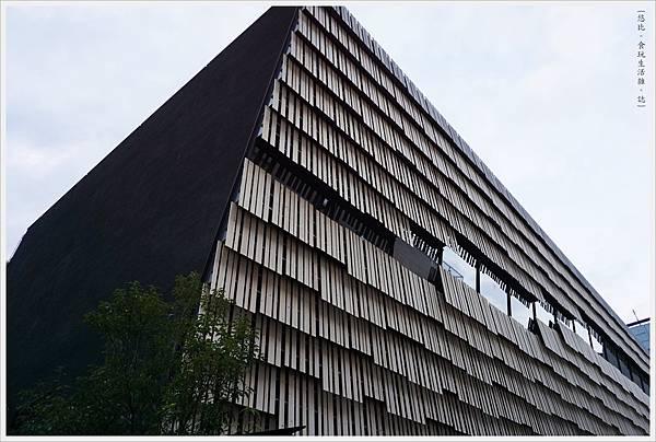 東大-107-情報學環學術研究館.JPG