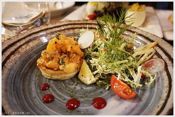 咕嚕好吃法式風味廚坊-13-自製香草醃鮭沙拉.JPG