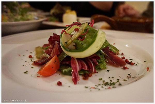 咕嚕好吃法式風味廚坊-16-自家醃製鴨胸肉沙拉.JPG