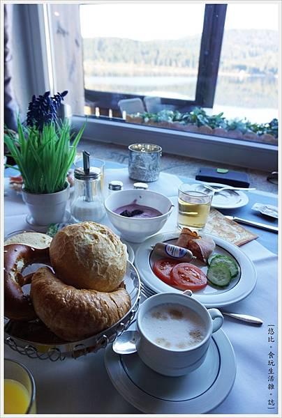 施盧赫湖-45-Hotel Schiff am Schluchsee.JPG