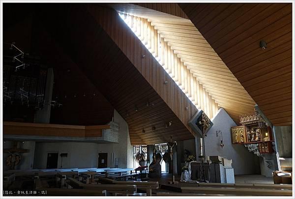 施盧赫湖-63-聖尼古拉斯教堂Kath. Pfarramt.JPG