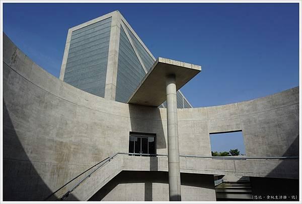 狹山池博物館-92-圓形廣場.JPG