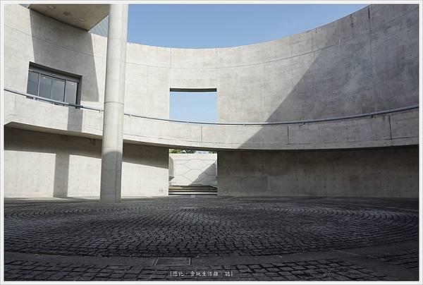 狹山池博物館-95-圓形廣場.JPG