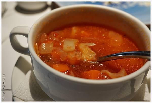 荳牛柴燒牛排餐廳-21-番茄蔬菜湯.JPG