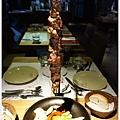 荳牛柴燒牛排餐廳-35-Donio柴燒風味伊比利豬肉串.JPG