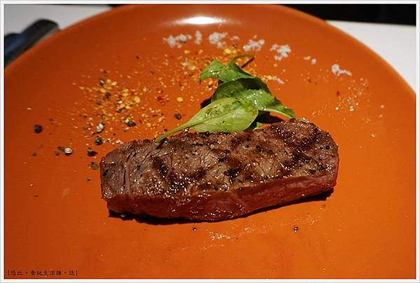 荳牛柴燒牛排餐廳-40-巴克斯火烤大牛排.JPG