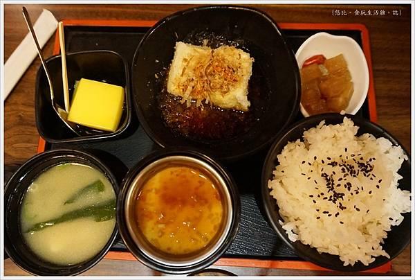 水車日本料理-8-小菜三樣-9-炸豆腐組合.JPG