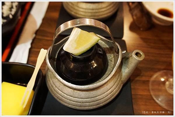 水車日本料理-19-土瓶蒸.JPG