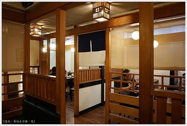 水車日本料理-24-店內.JPG