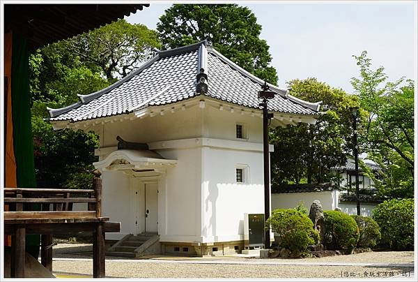 靈山寺-107-經藏.JPG